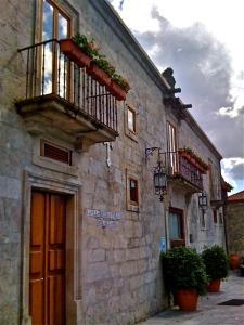 Monasterio de Lestrove, entrada principal. Padrón, Santiago de Compostela (España)