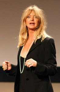 220px-Goldie_Hawn_at_TED_2008_cropped