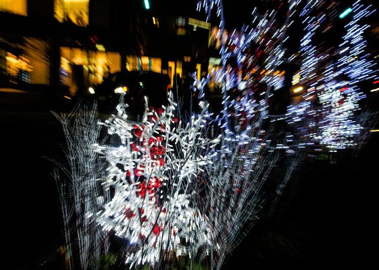 happy-christmas-burst-abstract-christmas-lights-series-georgia-mizuleva
